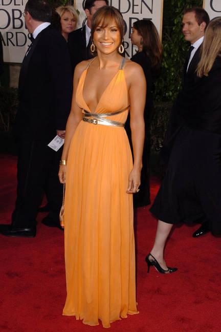 25 Януари 2004 на Golden Globes с рокля от Michael Kors