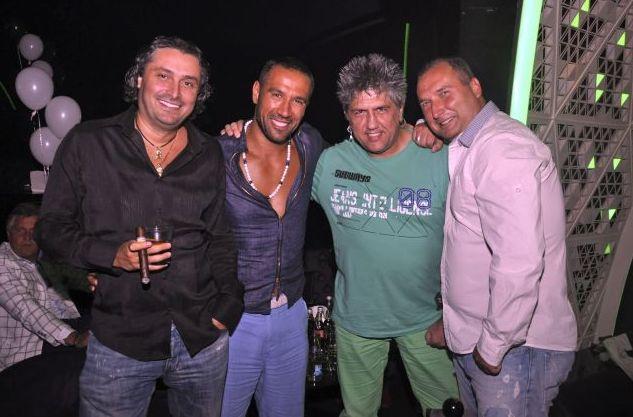 Петко Димитров с приятели