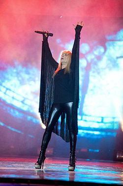 Лили Иванова на сцената