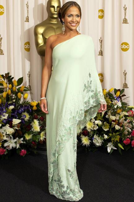 Academy Awards 23 Март 2003 с рокля от Valentino
