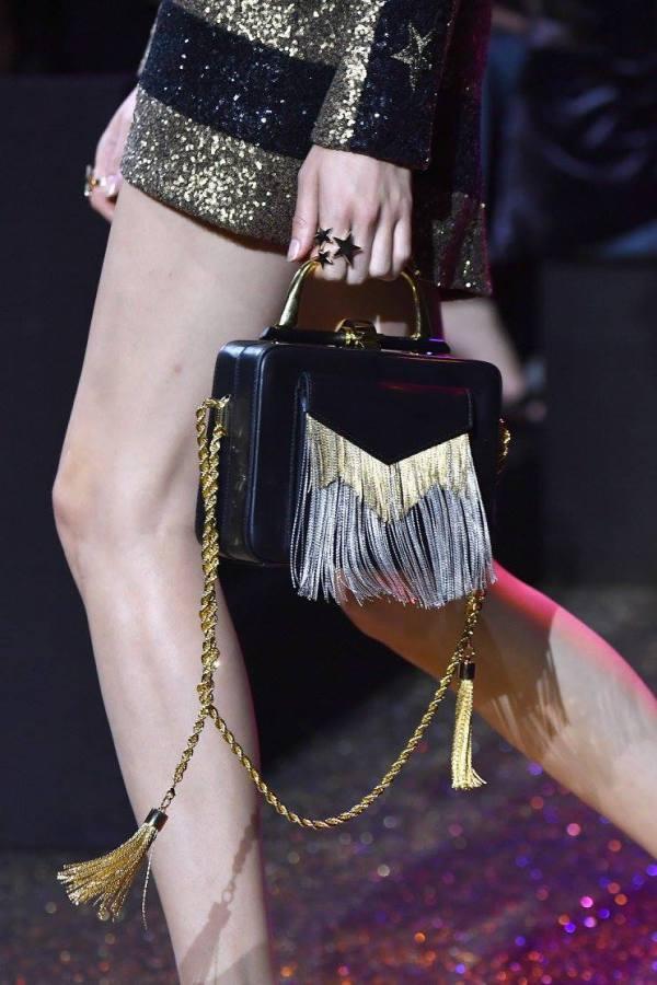 Елегантна малка чанта с ресни пролет 2017