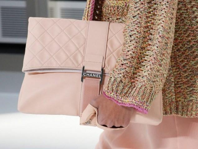 Нежна розова чанта пролет 2017