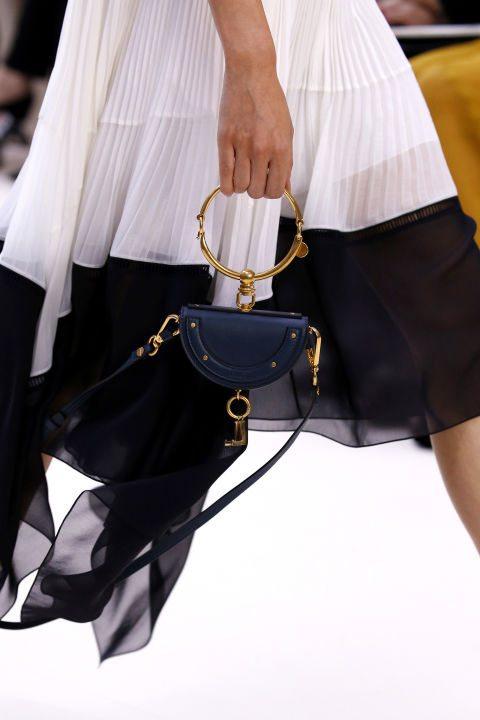 Модерна малка чанта пролет 2017