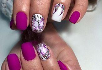 Маникюр в лилаво с декорация пеперуди 2017