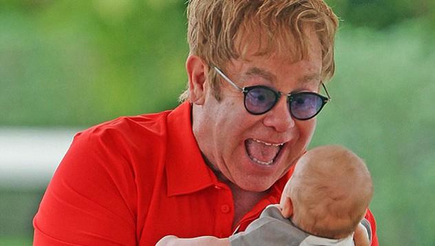 Елтън Джон стана татко за втори път
