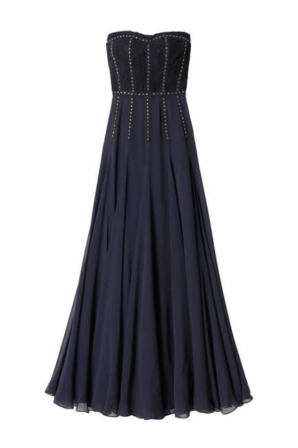 Дълга копринена рокля