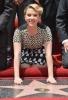 Скарлет Йохансон със звезда на Алеята на славата в Холивуд