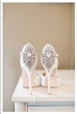 Булченски обувки с много красиви камъни 2017