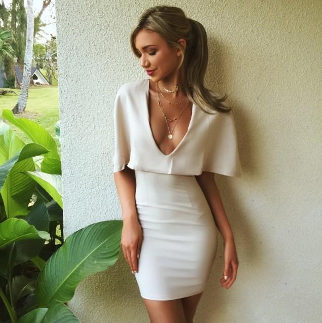 Елегантна къса бяла рокля лято 2017