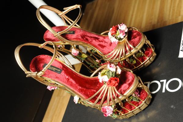 Секси обувки в червено