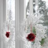 Коледна украса за прозорците