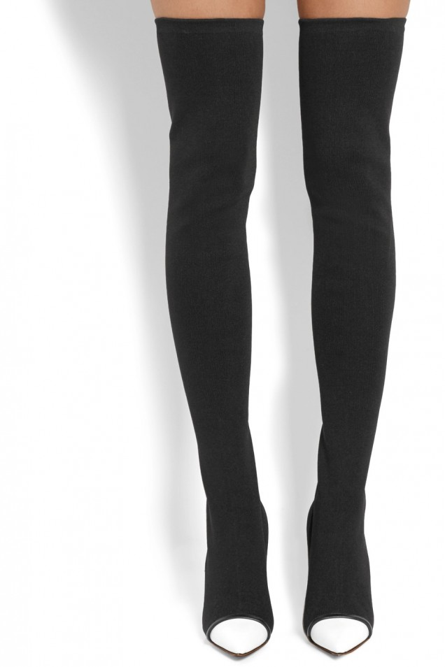 Елегантни черни ботуши над коленете зима 2017