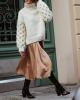 Стилна комбинация от широк пуловер и сатенена рокля зима 2017
