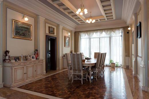 Домът на Илияна Раева и Наско Сираков