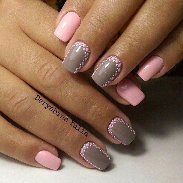 розово-сив маникюр