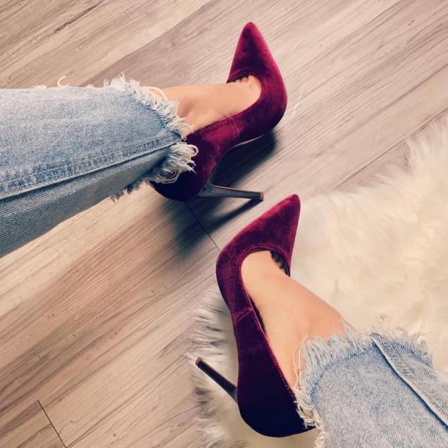 бордо остри обувки