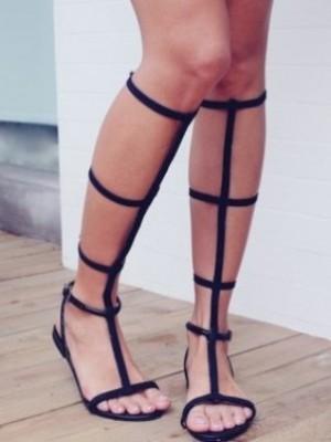 Елегантни гладиаторски сандали 2018
