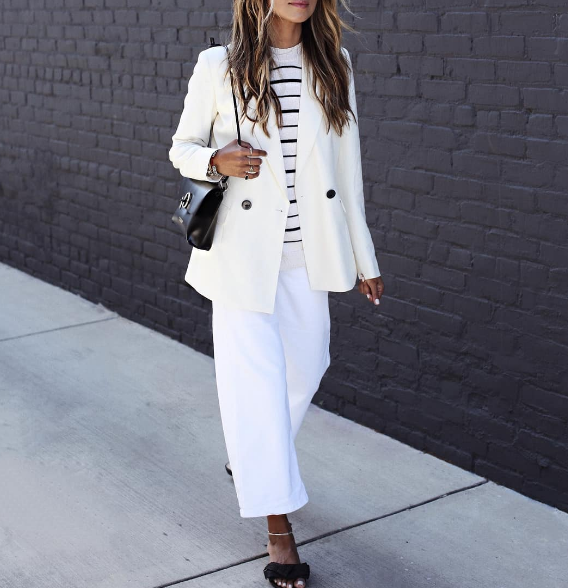 Стилна комбинация с широк бял панталон 2018